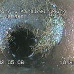ROHR- UND KANALREINIGUNG J. HANGER - Ablagerung im Kanalrohr